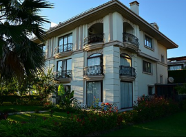 Sea view property in Istanbul villa for sale