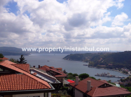 Spacious villa in large complex in Istanbul